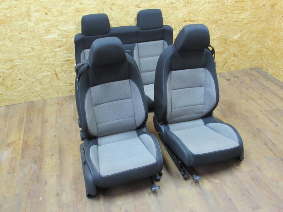 VW EOS Facelift Sitze Fahrersitz Stoff Innenausstattung