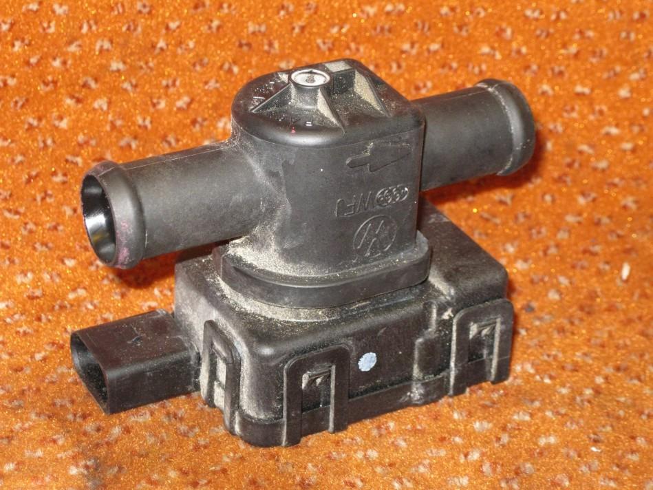3b7819809 heizungsventil ventil vw golf 4 bora audi a2 1 6. Black Bedroom Furniture Sets. Home Design Ideas