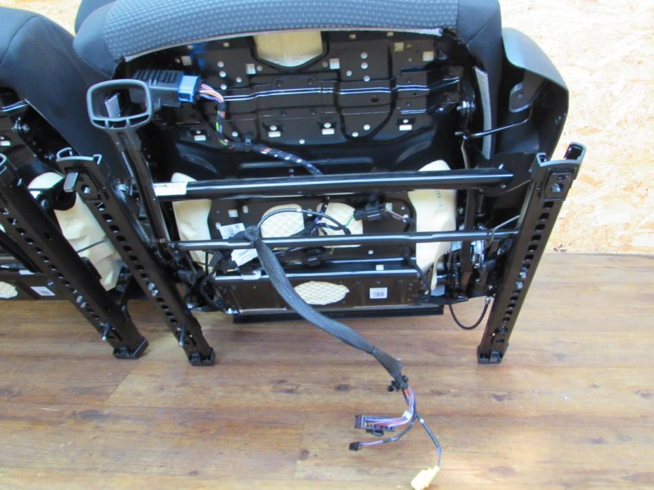 innenausstattung stoffsitze sitze r cksitzbank fahrersitz vw golf 6 vi cabrio ebay. Black Bedroom Furniture Sets. Home Design Ideas