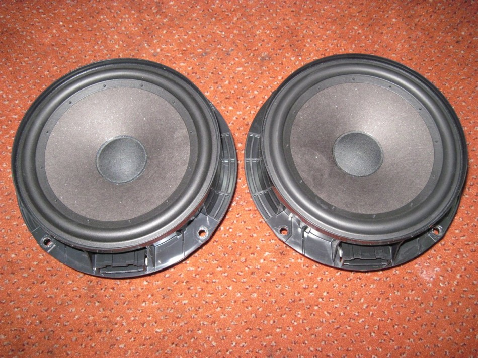 1k8035454 lautsprecher vorne hinten original links rechts. Black Bedroom Furniture Sets. Home Design Ideas