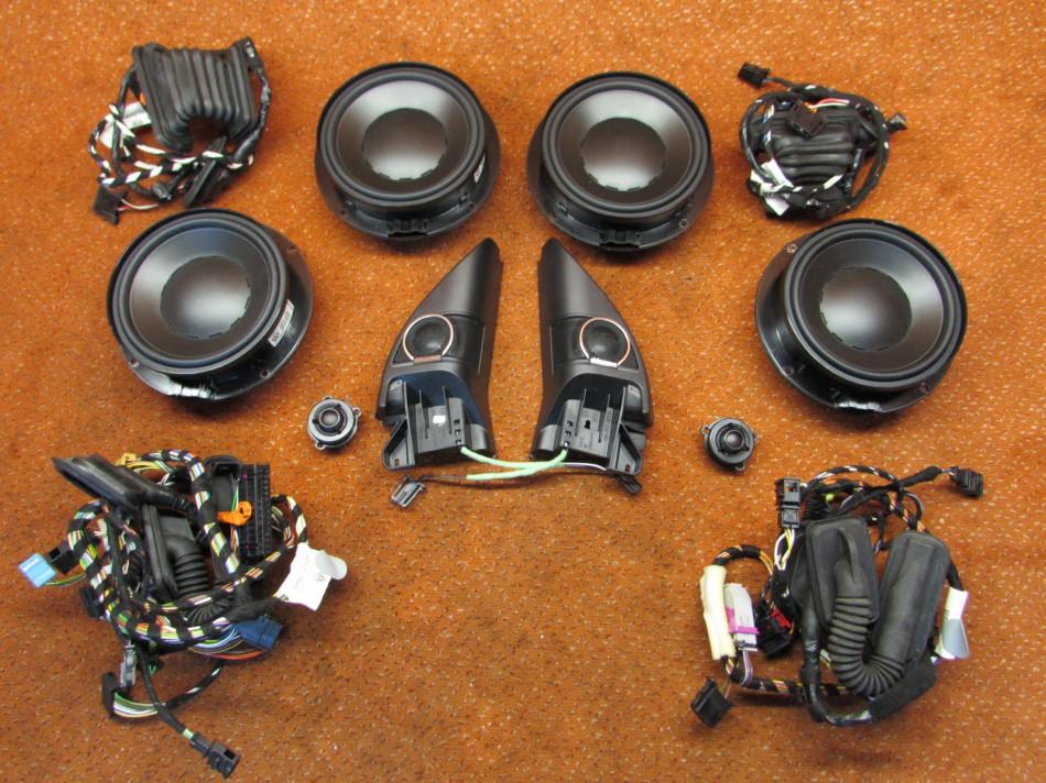 dynaudio soundsystem endstufe lautsprecher vorne hinten. Black Bedroom Furniture Sets. Home Design Ideas