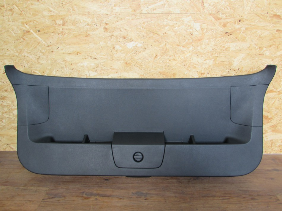 5g9867605 heckklappenverkleidung verkleidung heckklappe vw. Black Bedroom Furniture Sets. Home Design Ideas